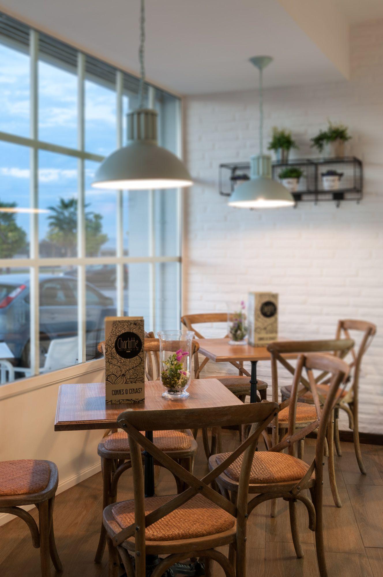 Charlotte Coffee Gastrobar Gin San Jos De La Rinconada  # Muebles Sevilla Este