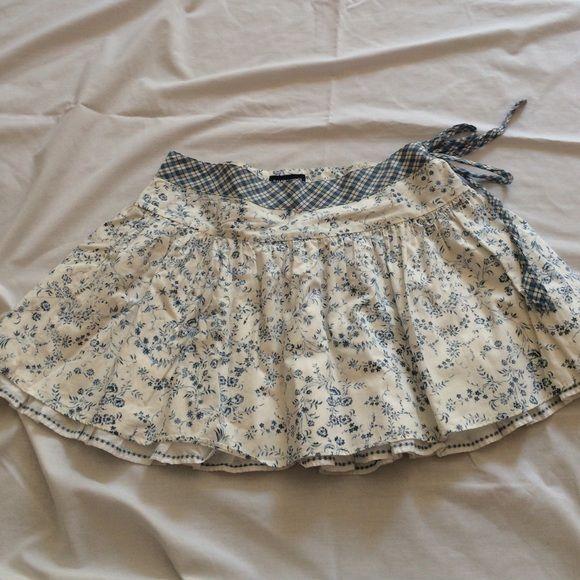 "Selling this ""Blue and white skirt"" in my Poshmark closet! My username is: krdefacci. #shopmycloset #poshmark #fashion #shopping #style #forsale #Ralph Lauren #Dresses & Skirts"