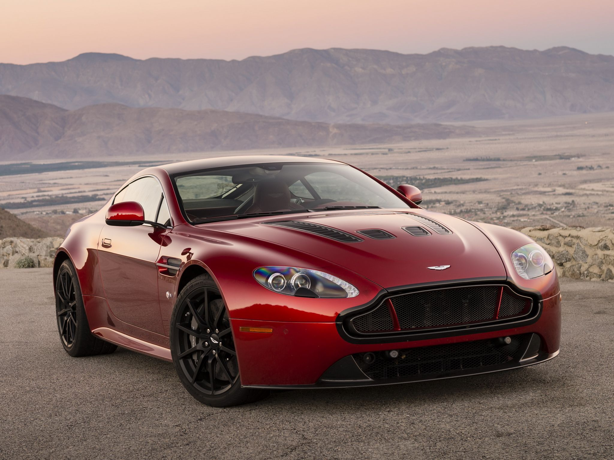 2015 Aston Martin DB9 puter Wallpapers
