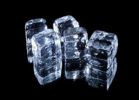 Making sugar ice cubes is very similar to making regular ice cubes.