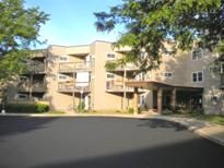 Monona Hills Section 8 353 Owen Road Monona Wi 53716 Phone 608 221 8988 1 Bedroom Apartments For S Affordable Housing House Styles 1 Bedroom Apartment