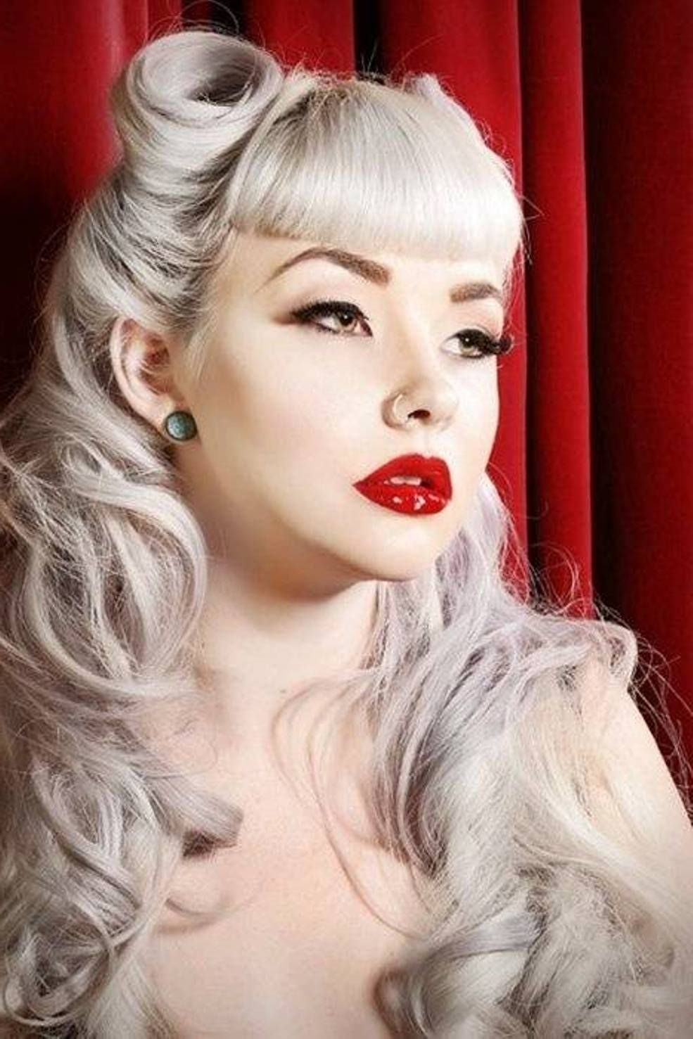Fluffy Curls Especially With Frontal Ones Will Certainly Pin Up Your Look If