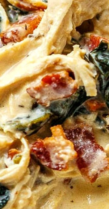 Instant Pot Crack Chicken Spinach Soup with Cream Cheese and Bacon #spinachsoup