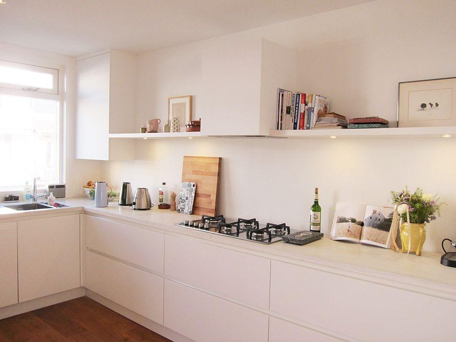 Witte keuken met lichtkleurig marmer blad google search - Keuken wit marmer ...