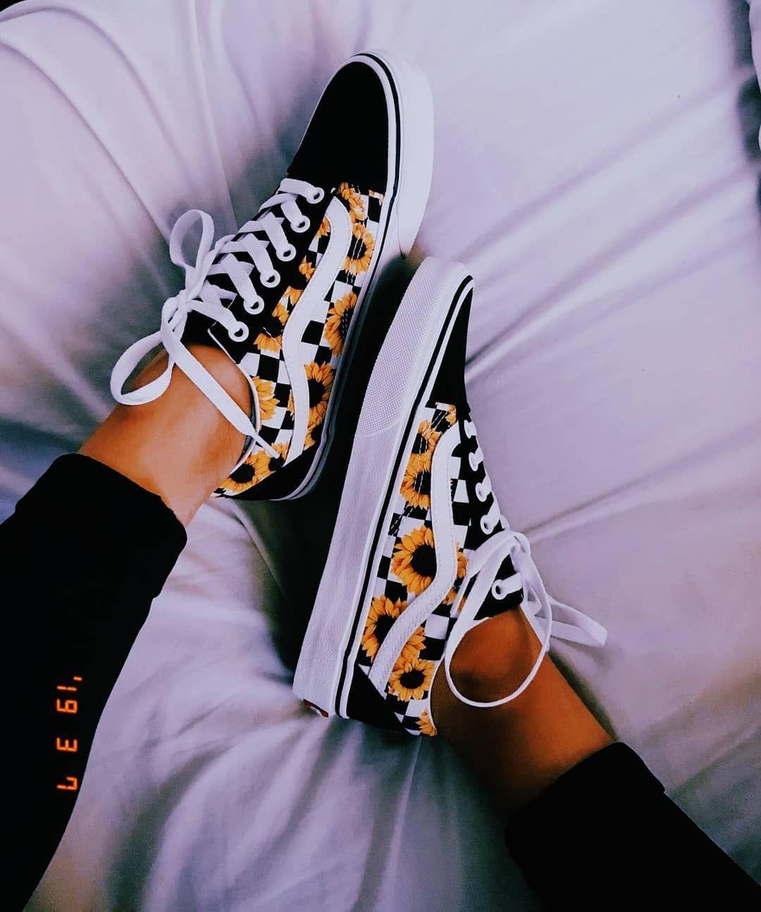 Pin de Camila Reyes en zapatillas en 2020 | Zapatos vans