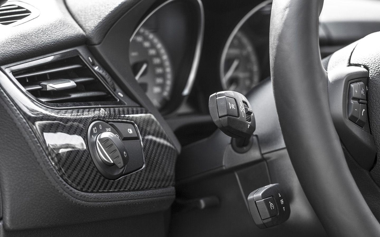 2013 Mb Bmw Z4 E89 Carbon Fiber Body Kit Interior 5 1440x900 Wallpaper Bmw Z4 Bmw Bmw Z4 Roadster
