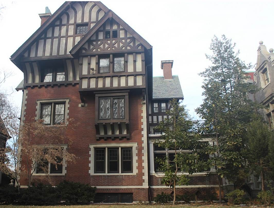 Pershing Place Home Not Many 4 Story Homes In St Louis Or Anywhere Else 2018 Note Available For Sale For 1 1 Mil Historic Homes House Styles House Design