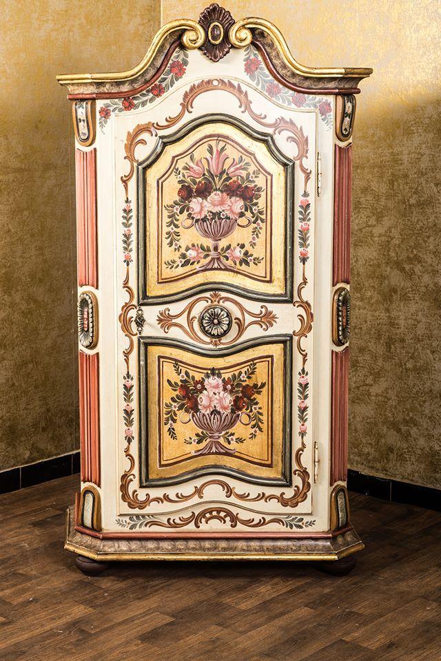 Bauernmöbel Voglauer Serie Anno 1700 Bauernschrank