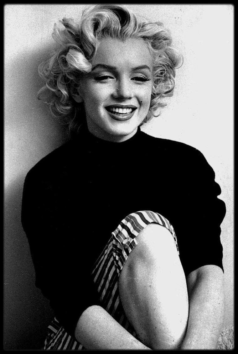 Novembre 1953 / Marilyn sous l'objectif de Ben ROSS, session photos... 1