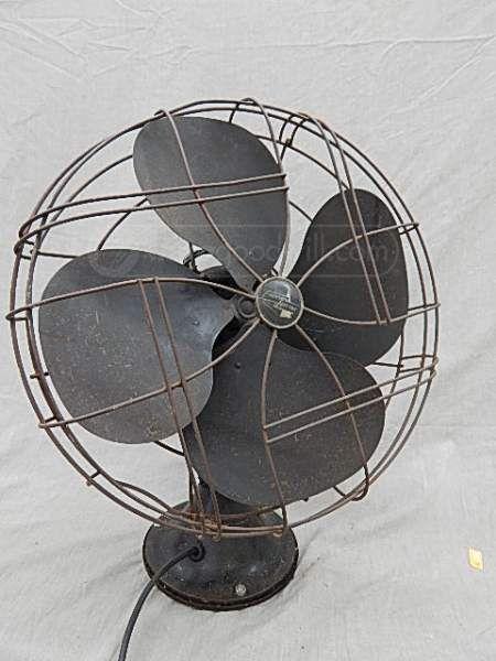 Emerson Desk Fan : Vintage emerson electric oscillating desk fan