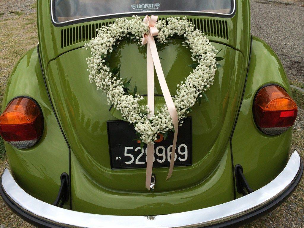 Wedding car decoration ideas  composizione floreale cuore  Cerca con Google  Jeepwedding