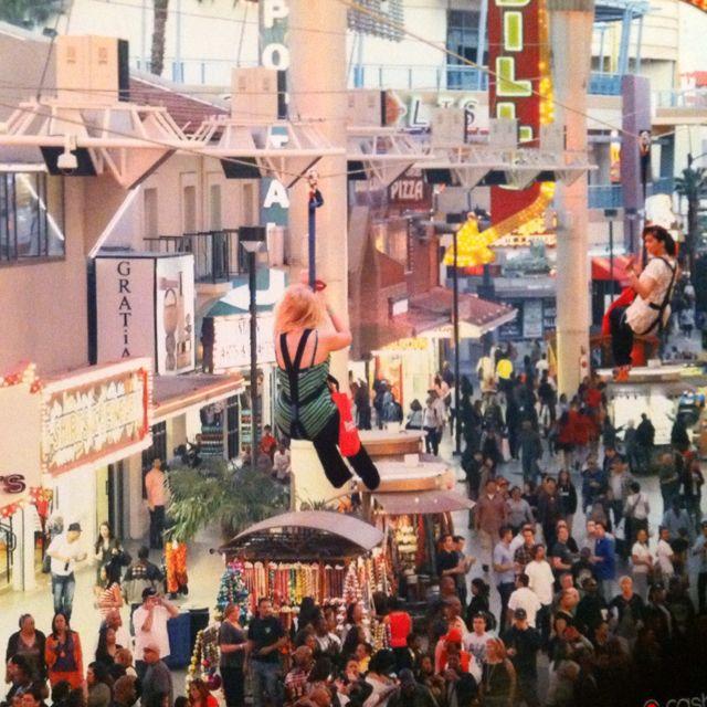 Las Vegas Nv Zip: Zip Line Through Fremont St. - Las Vegas, Nv