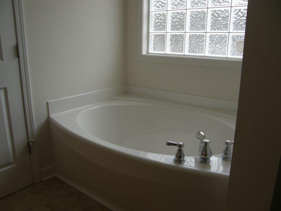 Bathroom: Wonderful Install Fiberglass Bathtub Surround 43 Garden ...