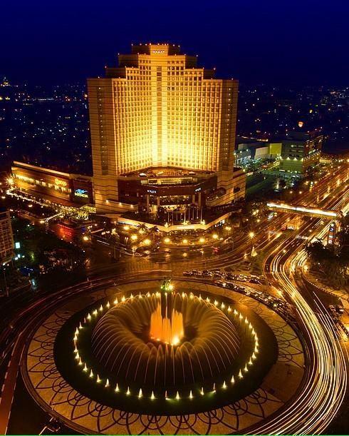 Bundaran Hotel Indonesia Monumen Selamat Datang In Jakarta Pusat