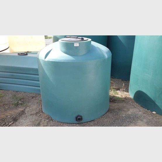 Vertical 400 Gallon Polyethylene Tanks Water Tank Gallon Storage Tanks