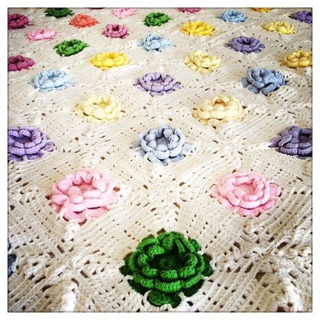 crochet blanket | COLCHAS | Pinterest | Colchas, Instagram y Amo