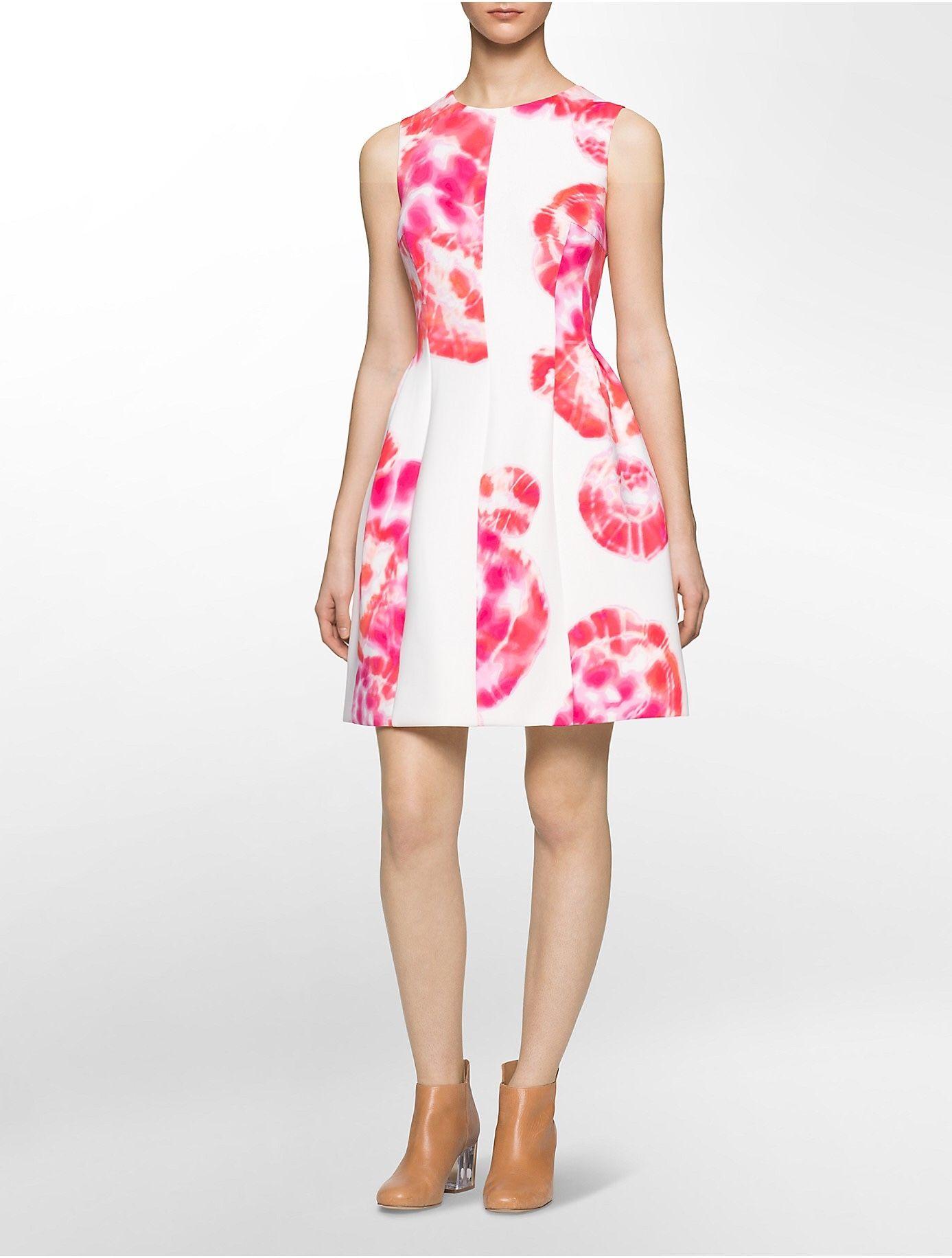 aa74cdc41fd4 Vestido Calvin Klein, en talla 8. Precio normal $150, precio de ...