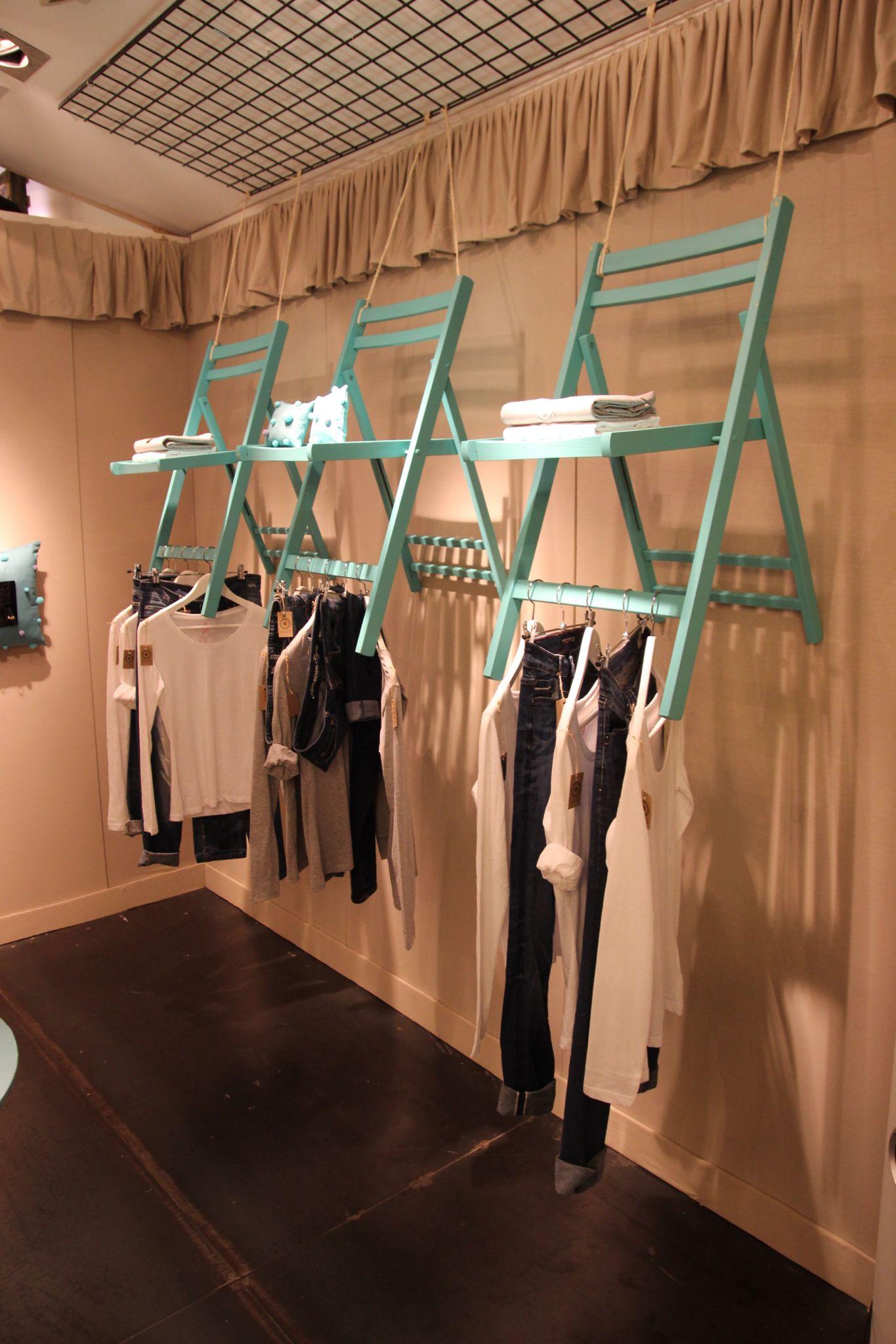 popupstore dise ador joias anais grupob pop up stores realizadas en rtidi pinterest. Black Bedroom Furniture Sets. Home Design Ideas