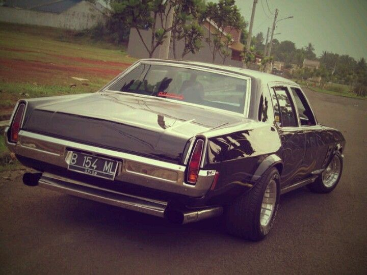 Holden classic car black ml muscle styleearly 70s