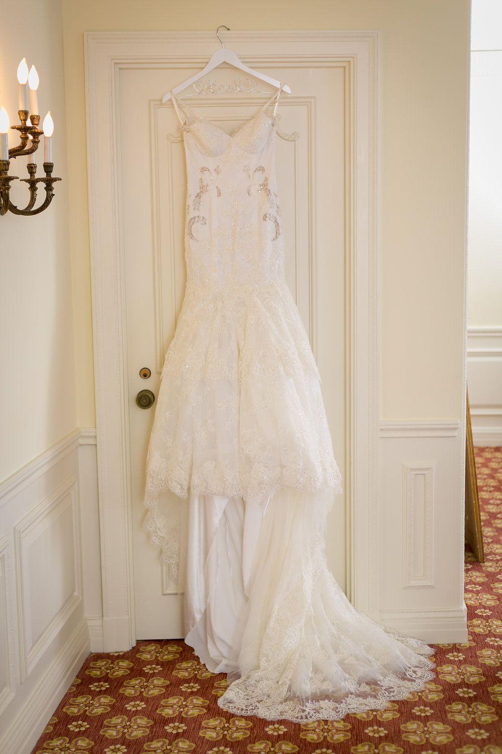 Berta Fall/Winter 2013 202 Wedding Dress Used, Size 4