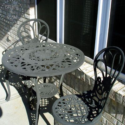 All Gus Ed Up How To Paint Wrought Iron Wrought Iron Outdoor Furniture Iron Furniture Outdoor Painted Wrought Iron