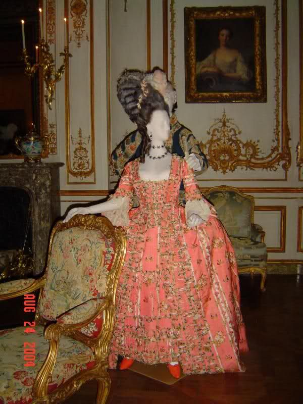 """Mid 18th century dress on display in the Met """"dangerous liaisons"""" exhibition"""