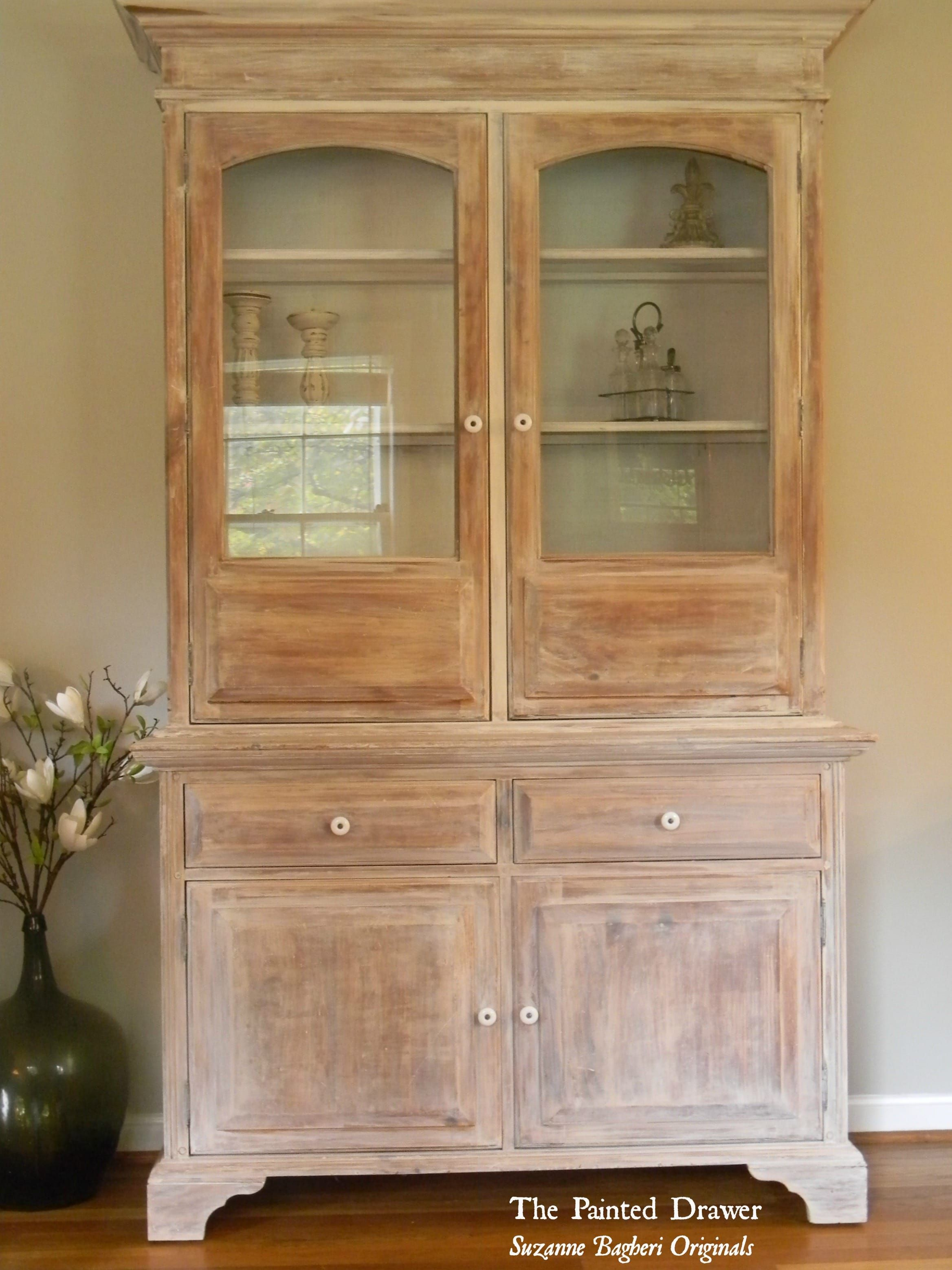 A Whitewashed Farmhouse Cabinet - | Annie sloan old white ...