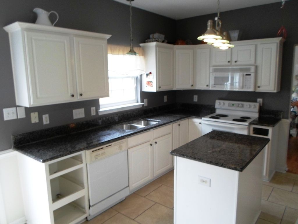 Black White Granite Countertops : black countertops CALEDONIA Granite Countertops just installed in ...
