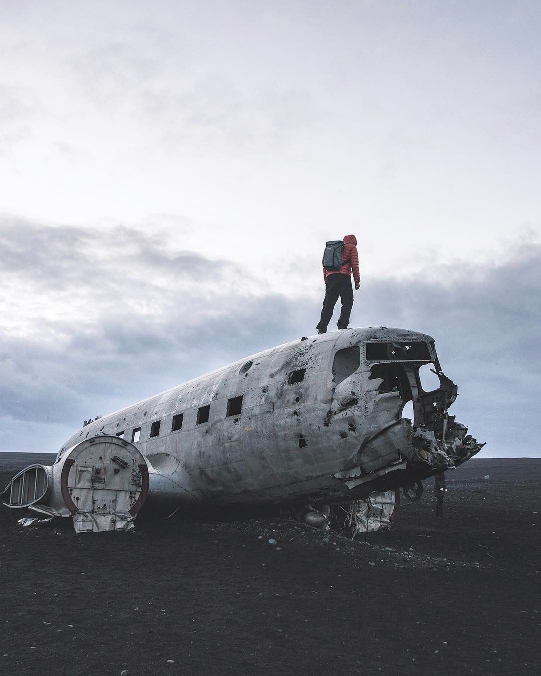 Snap Chat: The Iceland Plane Crash On Every Photographer's ...