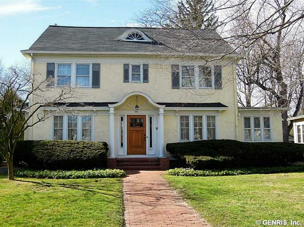 391 Beresford Rd Rochester Ny 14610 Zillow House Styles