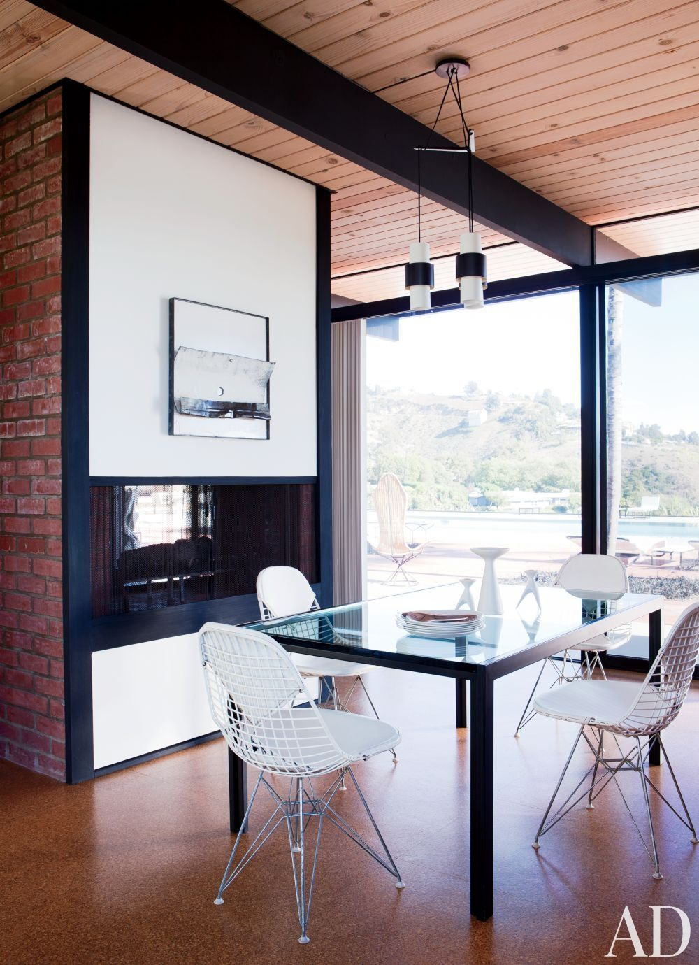 A Minimalist Malibu Home Restored And Decoratedboyddesign Awesome Wire Dining Room Chairs Decorating Design