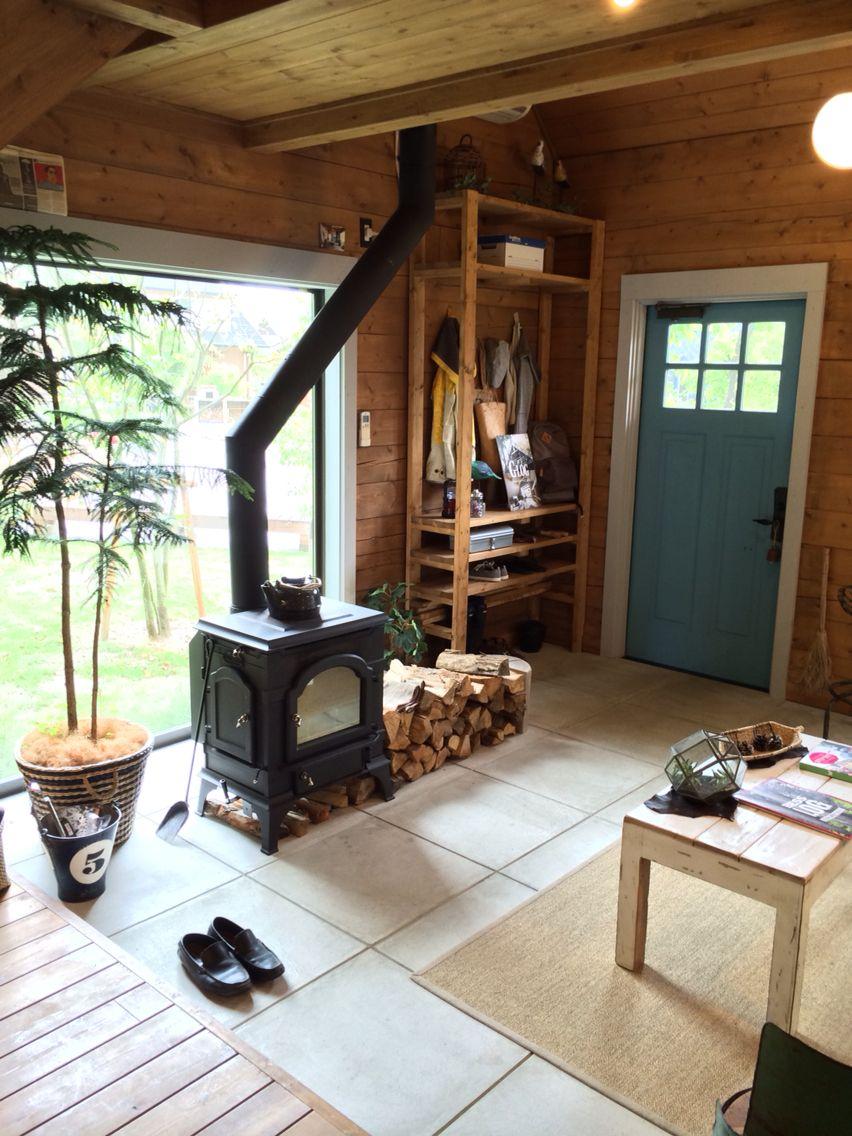 土間リビング 暖炉のある家 リビング 土間 ハウス
