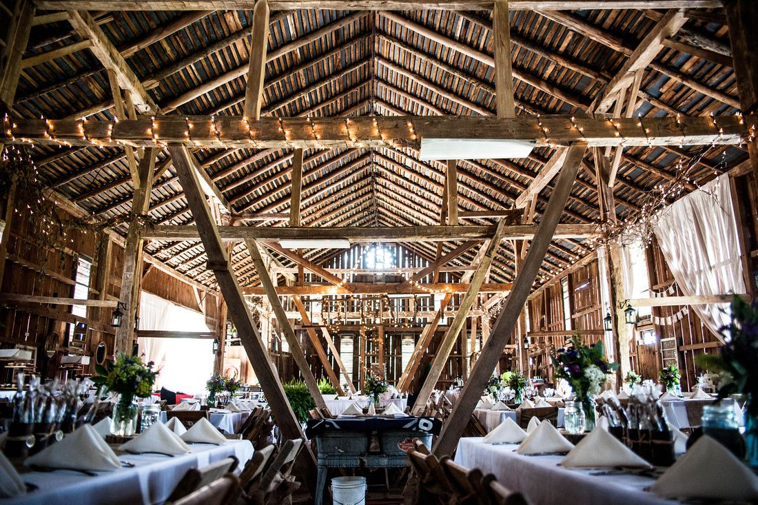 Can You Believe The Bride And Groom Fixed Up This Barn All On Their Own With The Help Of Some Friends For Their Weddi Wedding Photography Wedding Photography