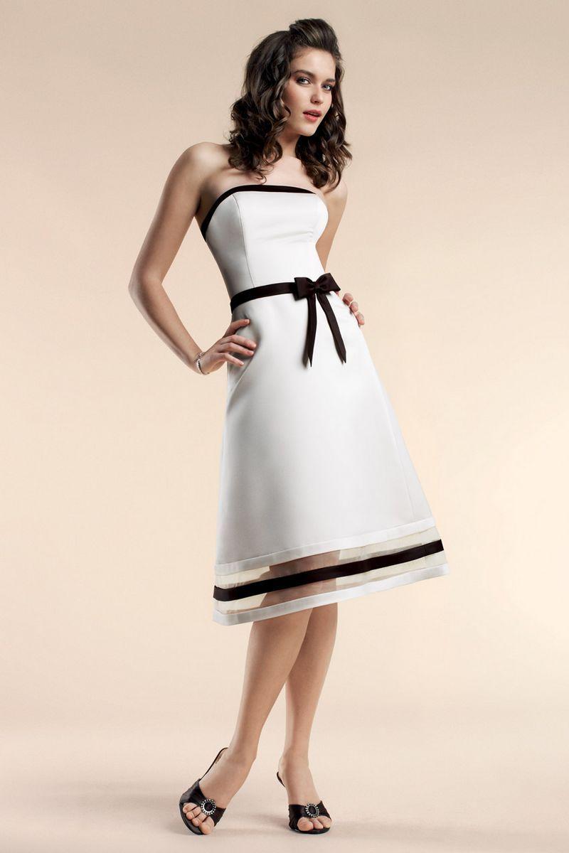 Strapless Knee Length Satin Bridesmaid Dress US$159.90