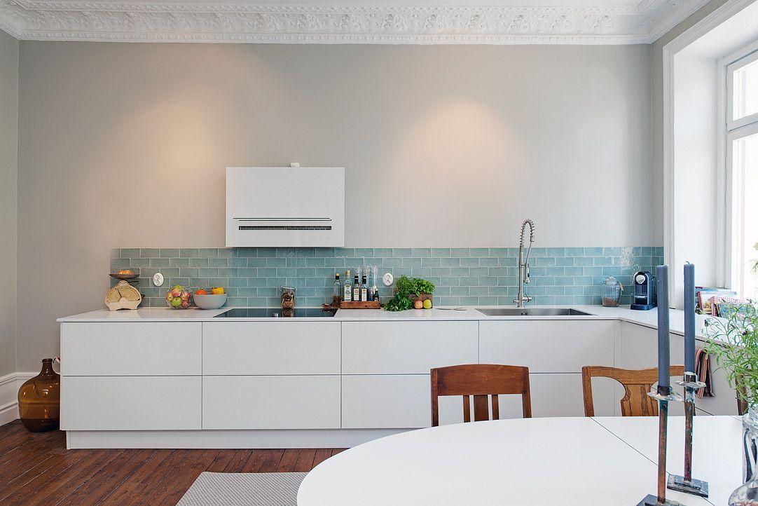 cocina blanca con azulejos agua 03b   sukaldea   Pinterest   Cocina ...