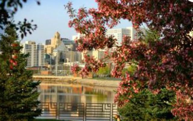 Top 10 Cities You Must Visit In Illinois Minnesota Travel Free Things To Do Things To Do