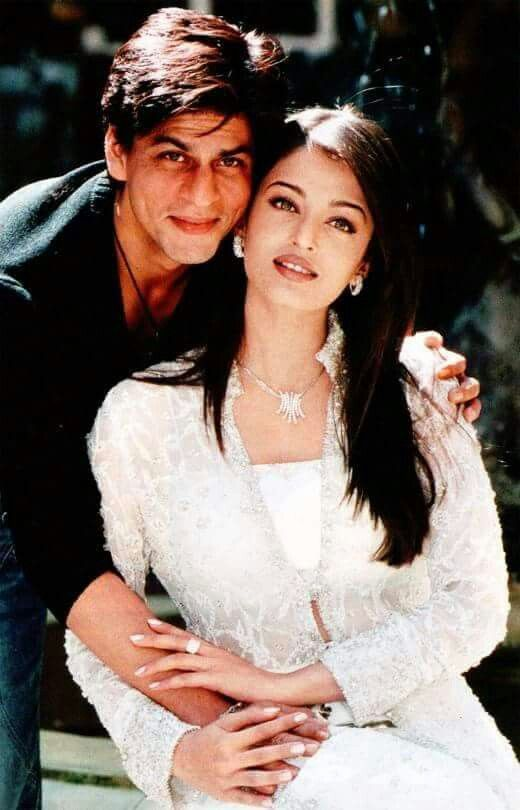 Pin By Aynur Avlugan On Shah Rukh Khan Love Iis Bollywood Celebrities Beautiful Bollywood Actress Bollywood Couples