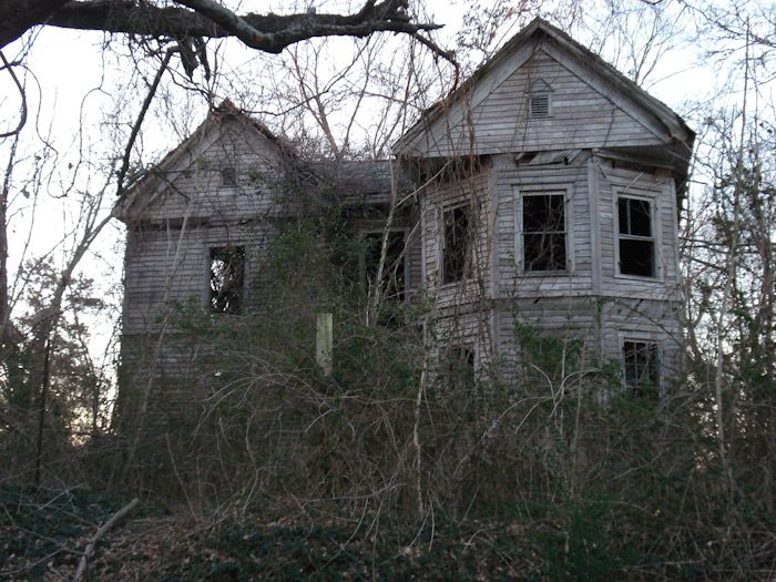 abandoned homes from the 1800's | old boarded up abandoned