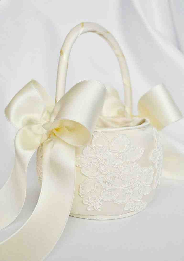 Cheap Flower Girl Baskets Daughters Wedding Pinterest Flower