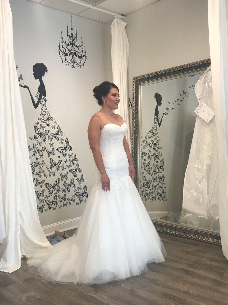 68964dab9b Lis Simon  Helen  size 14 new wedding dress side view on bride