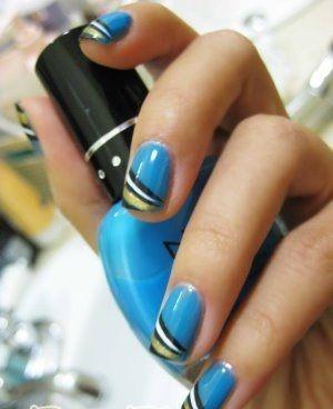 17 Beautiful Blue Nail Design Ideas