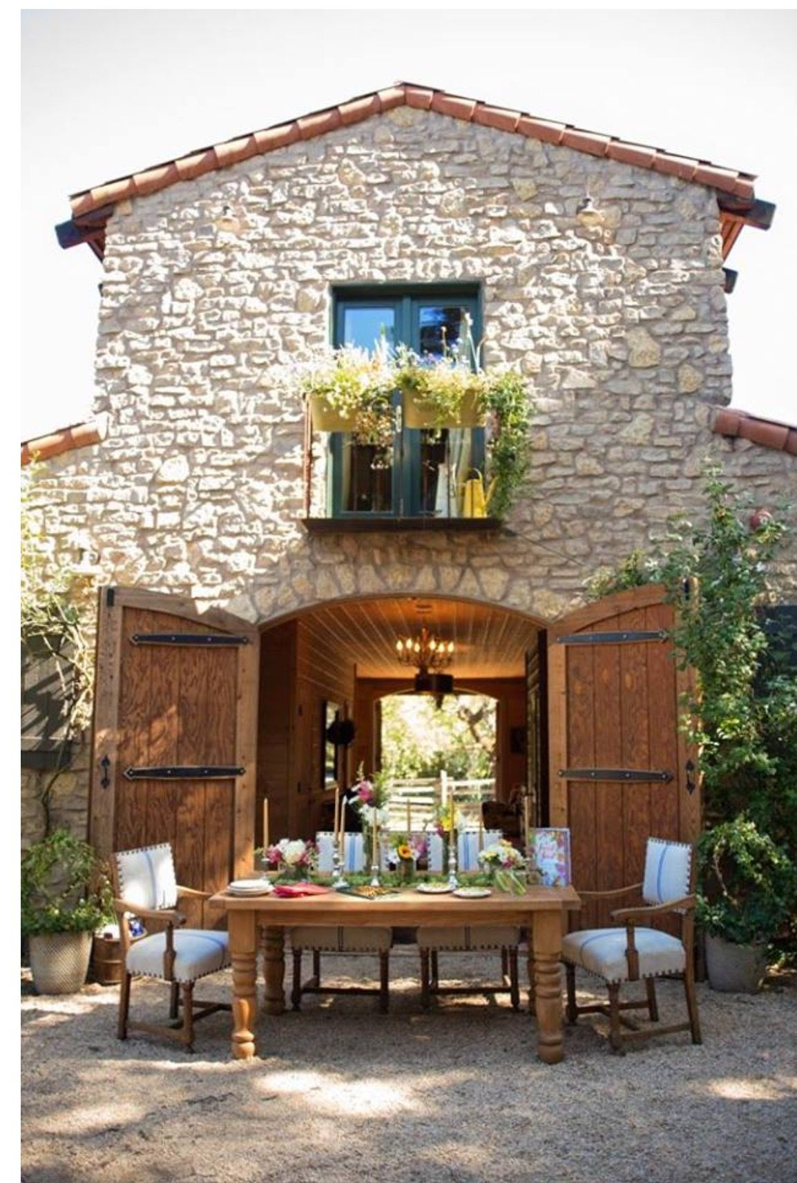 Old Spanish farmhouse love the idea of building an open garage area
