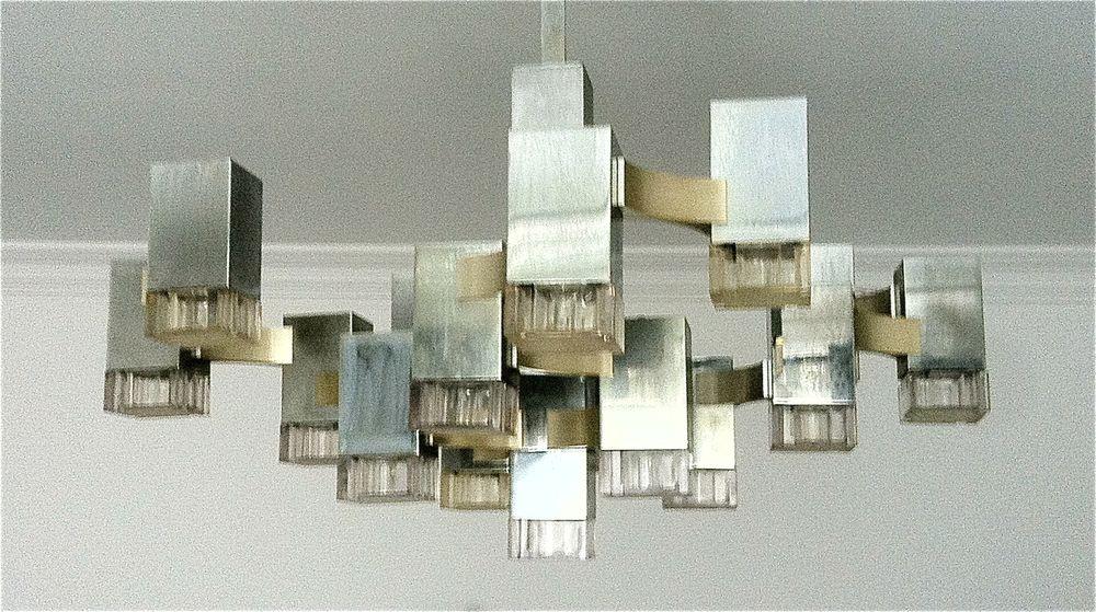 Sciolari Cubic. Spectacular 17 Light Chandelier.