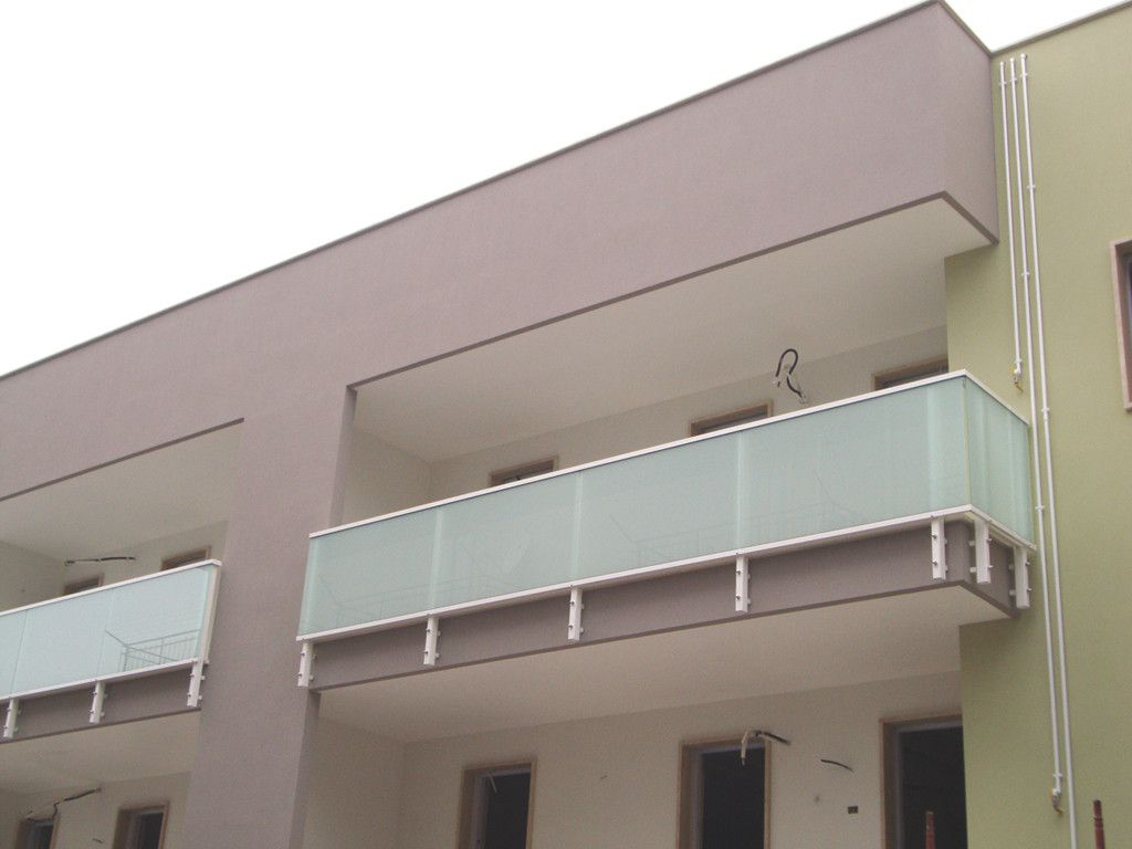Involucro edilizio, Infissi, Balaustre, Frangisole - Solar Soluzioni