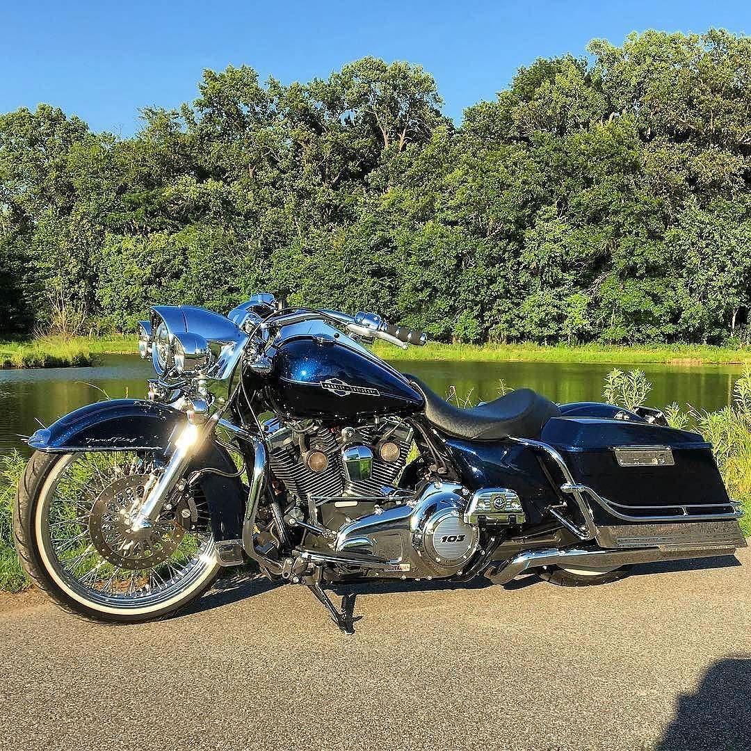 Custom Big Wheel Roadking Harley Davidson Pictures Custom Baggers Harley Davidson Baggers