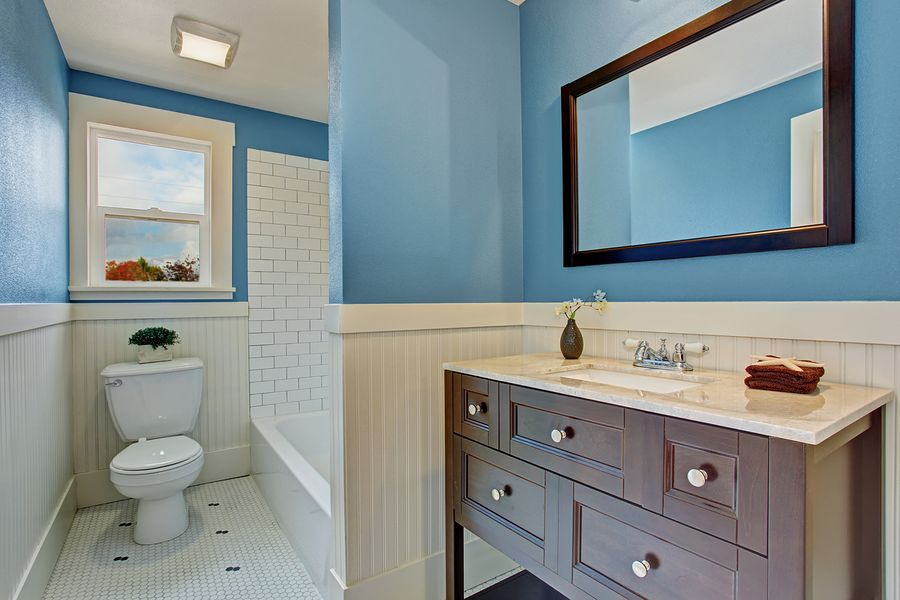10 Easy Ways To Give Your Bathroom A Facelift Httpspro Delectable Ways To Remodel A Small Bathroom Review