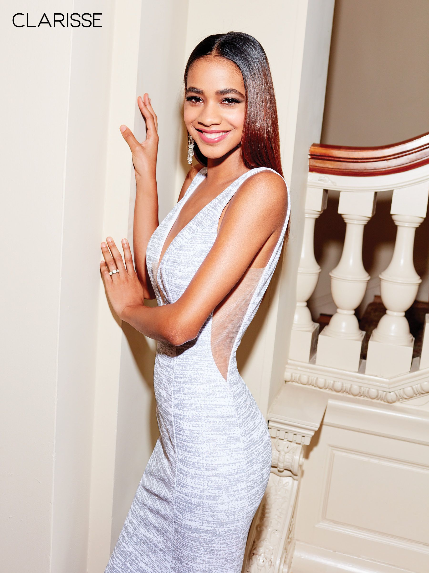55228a57a6 3713 - White and silver glitter jersey dress with a low cut back ...