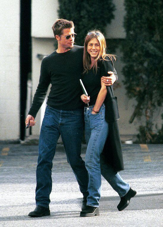 Photo of legends Jennifer Anniston 90s legends