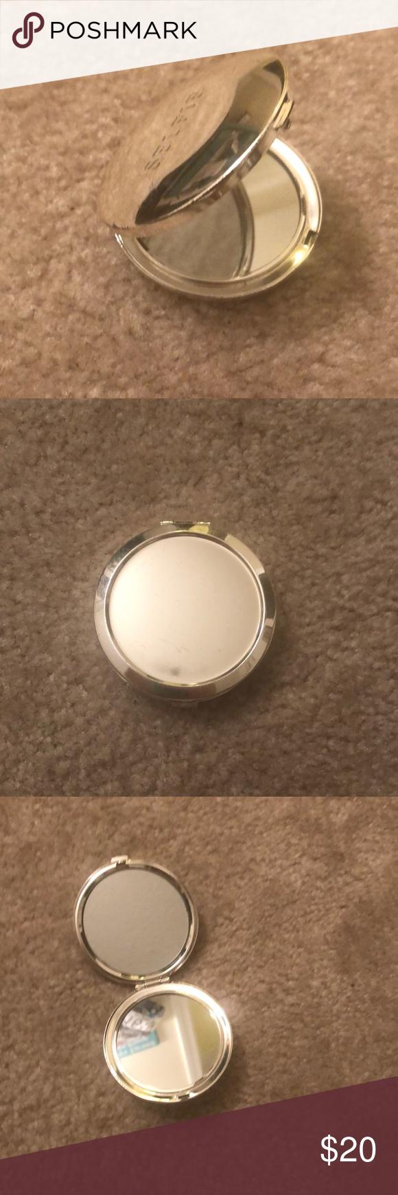 """SELFIE"" Travel Mirror This mirror hasn't been used. It's"