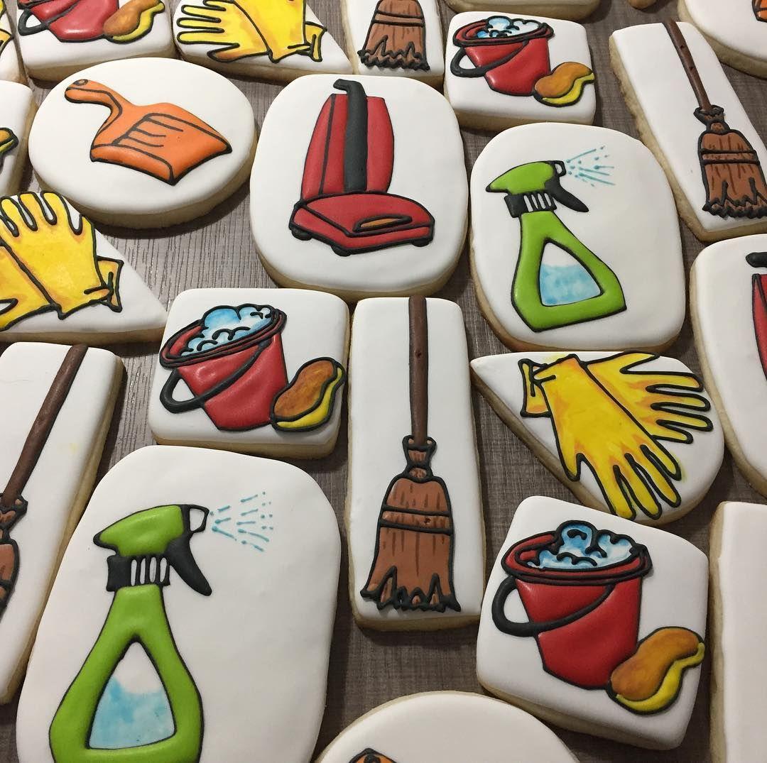 Instagram Cookie decorating, Retirement cakes